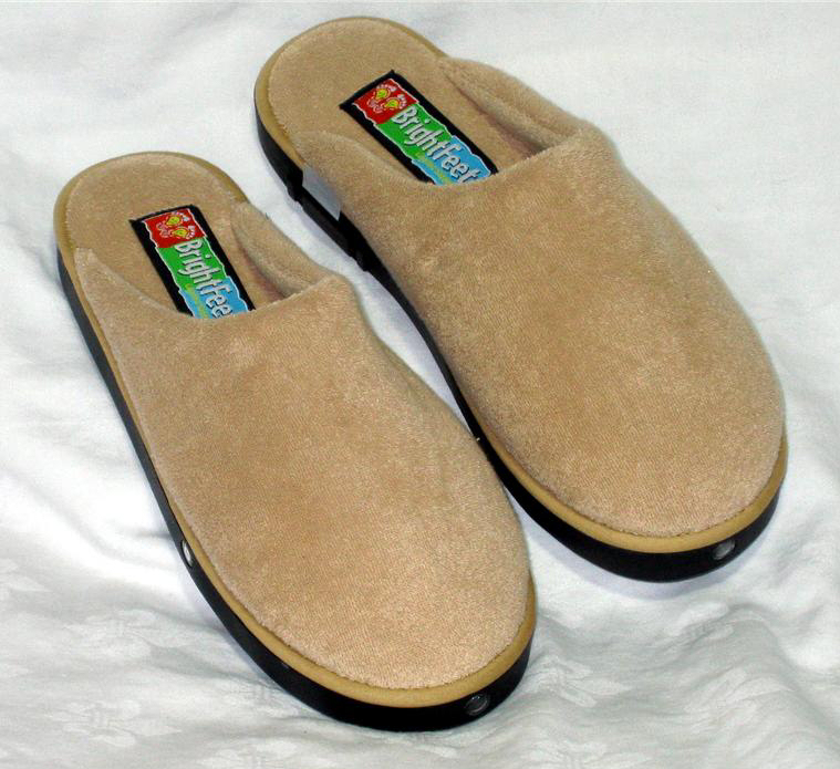 house slippers from brightfeet are lighted slippers unisex men 39 s slippers and women 39 s slippers. Black Bedroom Furniture Sets. Home Design Ideas